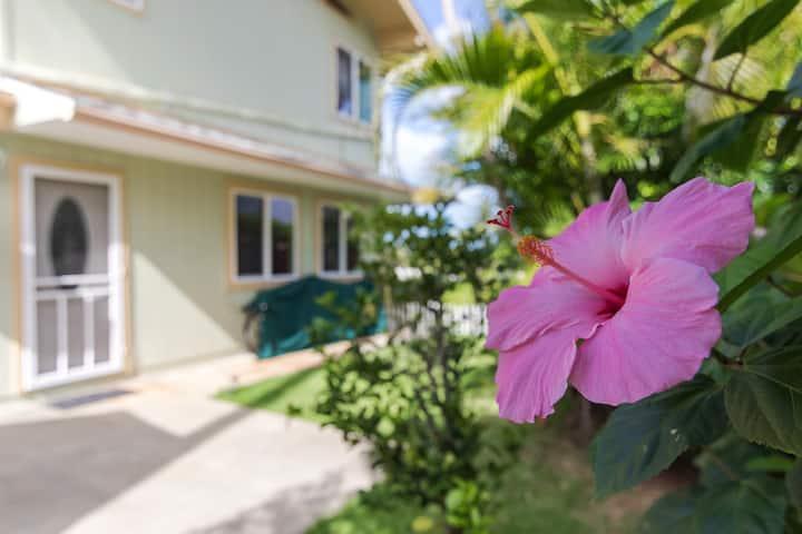 Tropical Hideaway Near the Beach
