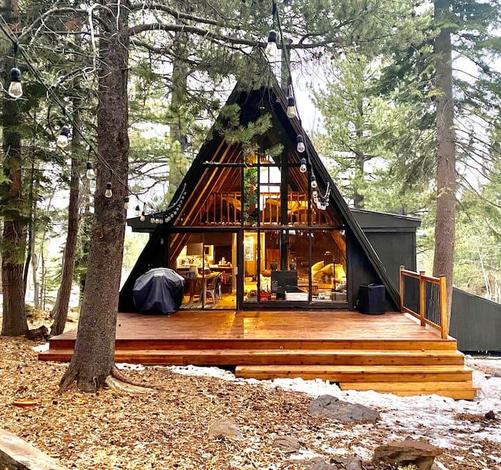 Tahoe Donner Cozy Cabin