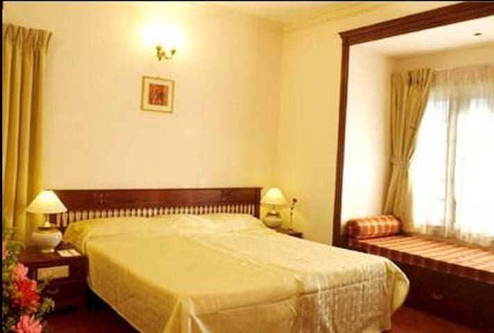 Private Suite Room at Arches - Kochi - Boutique-Hotel