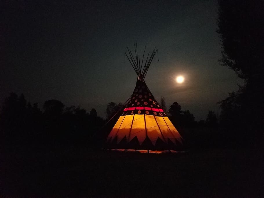 "Full Moon Magic. Your Tipi has open sky views and unmatched access to the water. ""Magical Place! Night sky like nothing I've ever experienced. Highly recommend"".....Daniel"