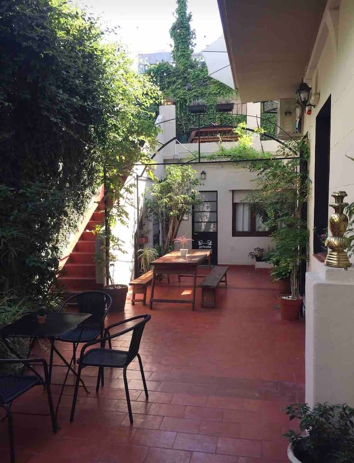 Gorgeous Palermo house. Best area! Ideal f/Groups