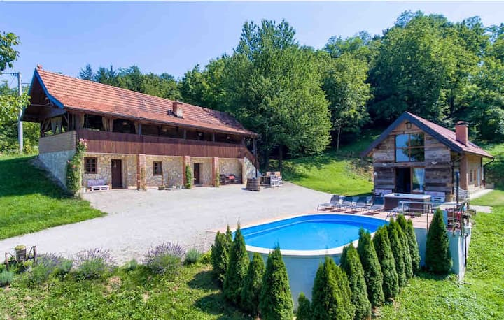 Villa Countryhouse Pijevci, pool and whirlpool