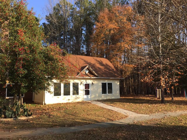 New Hill  With Photos Top  Places To Stay In New Hill Vacation Rentals Vacation Homes Airbnb New Hill North Carolina United States