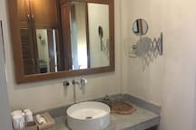 Bathroom Sink & Wardrobe