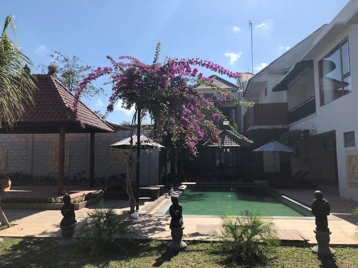 suna's villa jimbaran 3bedrooms pool villa(unit 2)