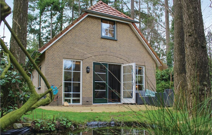 Awesome home in Lunteren with WiFi and 2 Bedrooms
