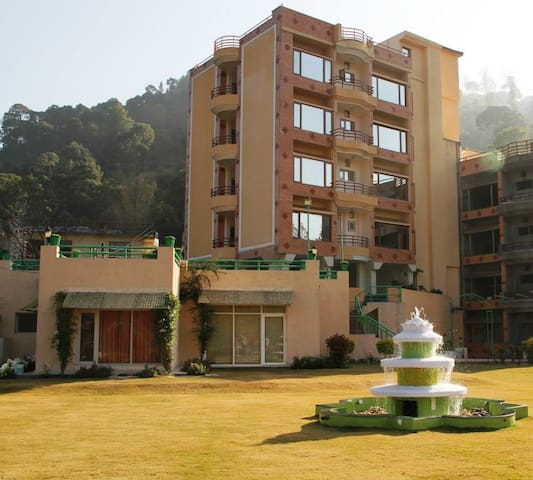 2 BedRoom Apartment|Balcony |Ayurveda Massage| - Solan - Hotel butique