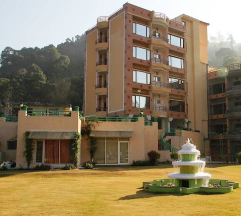 2BH Full View Flat S13 in Kasauli Hills Kumarhatti