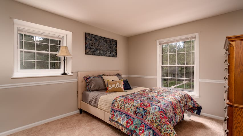 Comfort just minutes from everything in Charlotte!