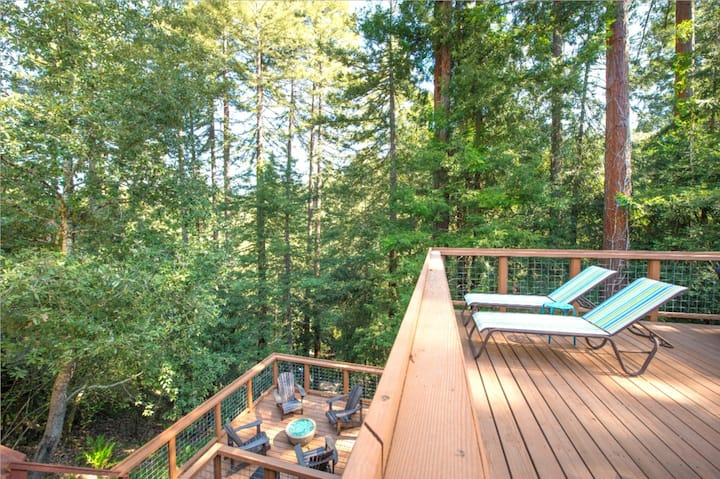Tree Fort! Decks/HotTub Quiet,