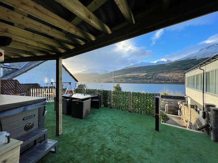 Alps,Loch View pet friendly with Hot Tub
