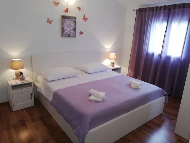 bedroom king size