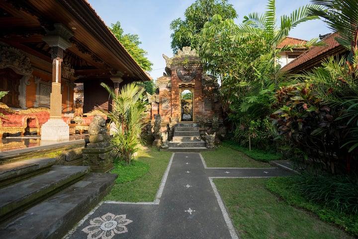 Puri Anyar Heritage - Candra Room