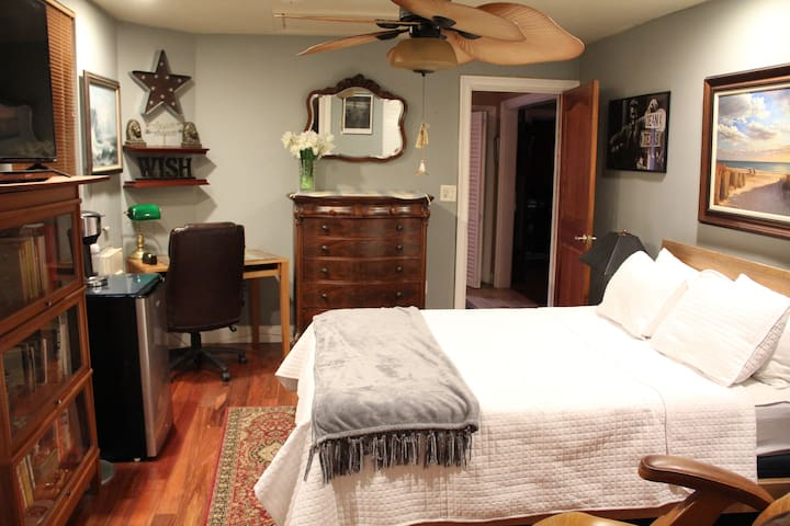 Downtown Clearwater Bedroom