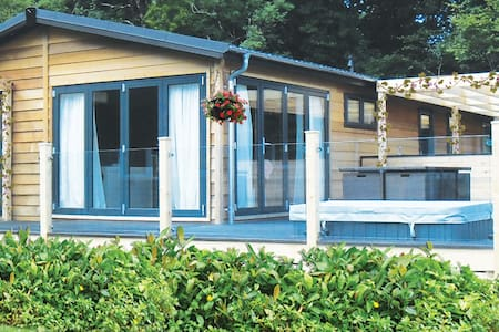 3 Bedroom Autograph Lodge at Norfolk Park - North Walsham - Chalé