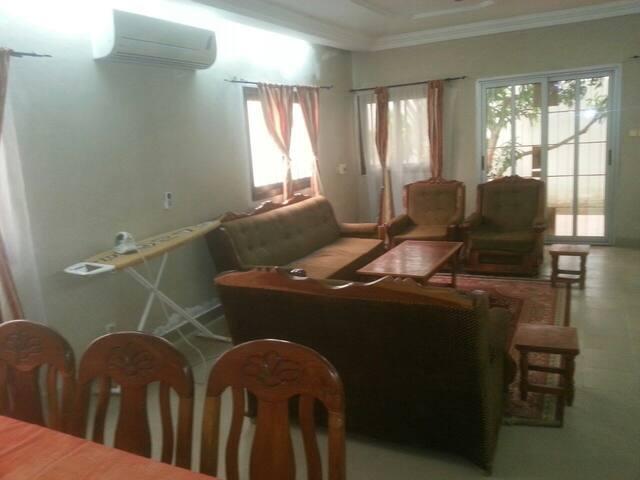 Maison meublée type F4 - Lomé - Hus