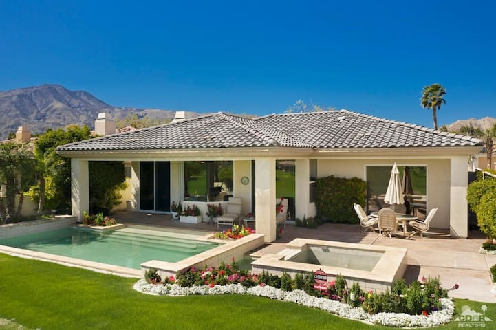 PGA West, nearly 3000 square feet, pool, spa, lux+