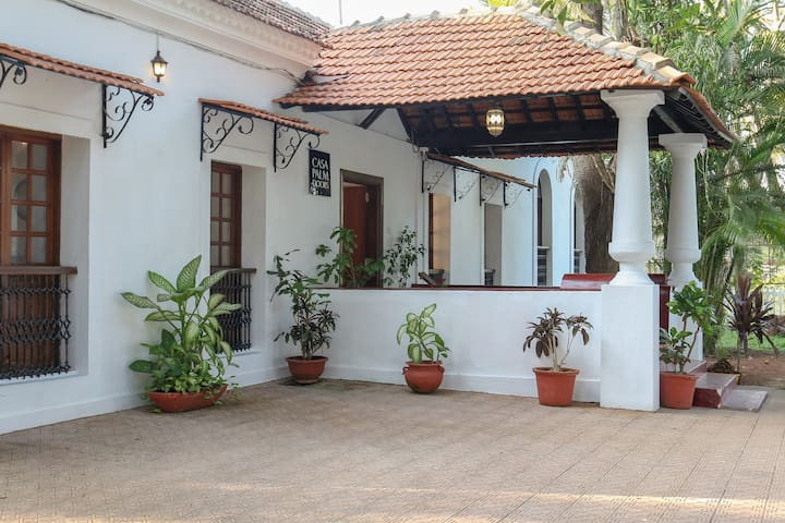 5 Bed Room Heritage Home with a Pool in North Goa