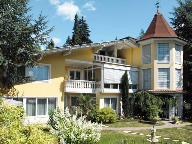 65 m² apartment Omas Blumenpension in Fischerstratten