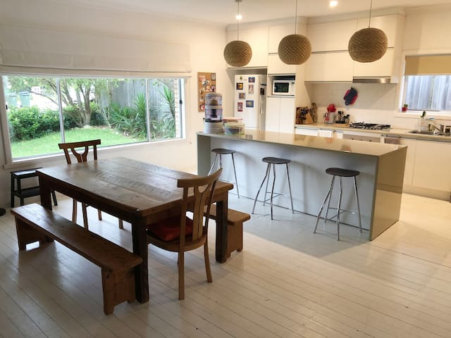 Light, bright, comfortable home near Manly
