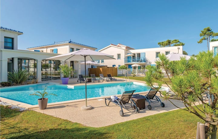 Awesome home in Saint Palais Sur Mer with 2 Bedrooms