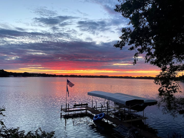 Sunset View Cabin on  East Lake, Okoboji