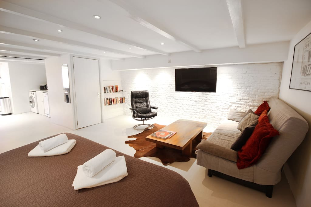 Studio mazzo canal apartment chambres d 39 h tes louer for Chambre d hotes amsterdam