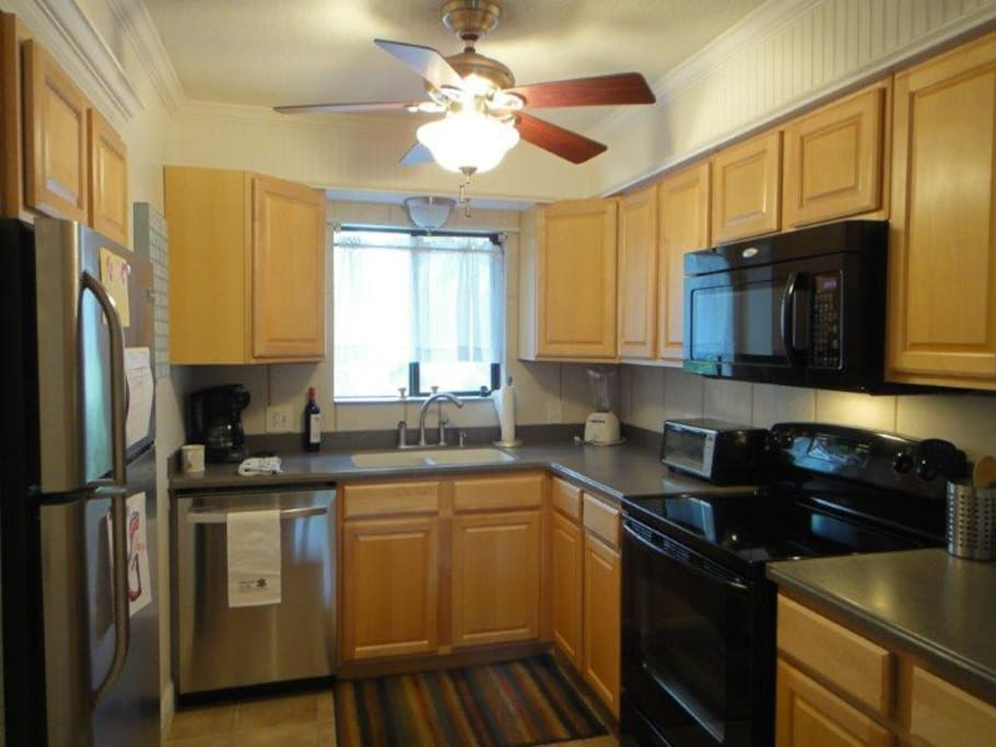 Great Updated Kitchen!