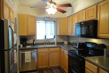 Updated Condo Near Beach! - Fernandina Beach - Condominium