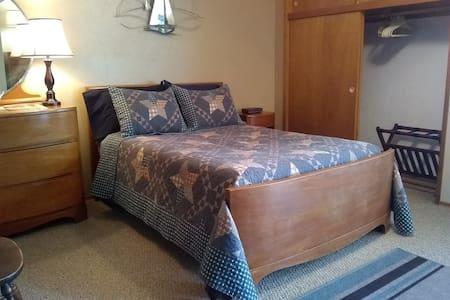 Pendleton Hideaway Suite