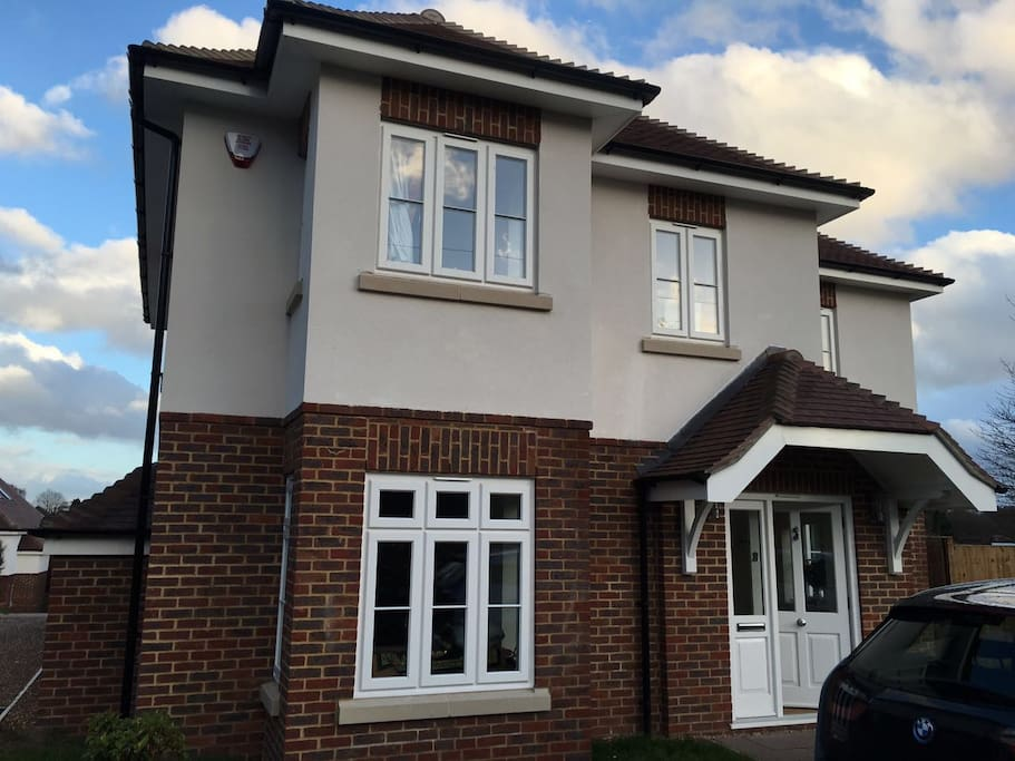 Bed House To Rent In St Albans