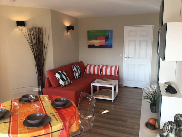 FRÉJUS-BEACH nice 2 rooms close to the beach ... - Fréjus
