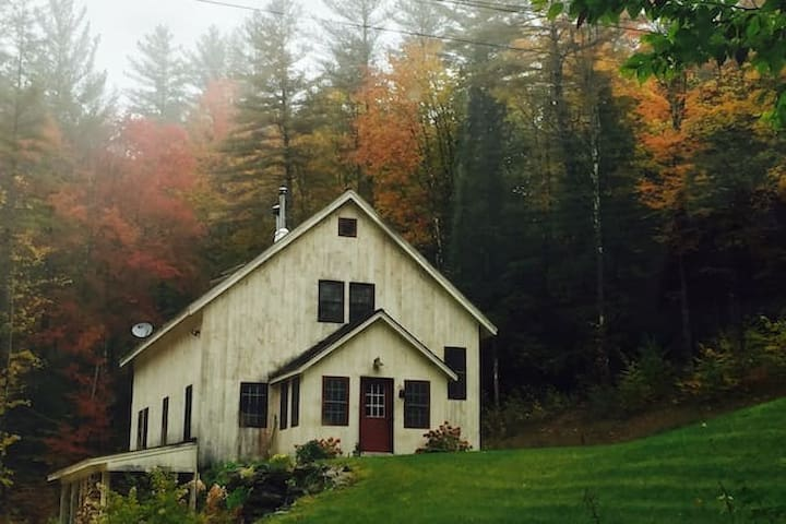 Awesome House 7 miles to Killington, VT - Pittsfield - บ้าน
