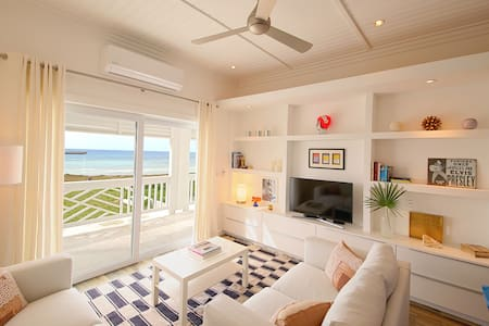 Upstairs 1BR Apt with Bay views! NEW LOW RATES!