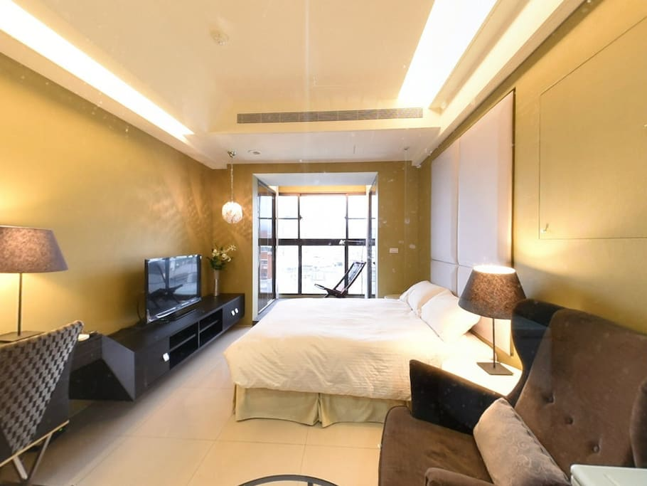 We have an apartment available with its own separate kitchen, bedroom and bathroom
