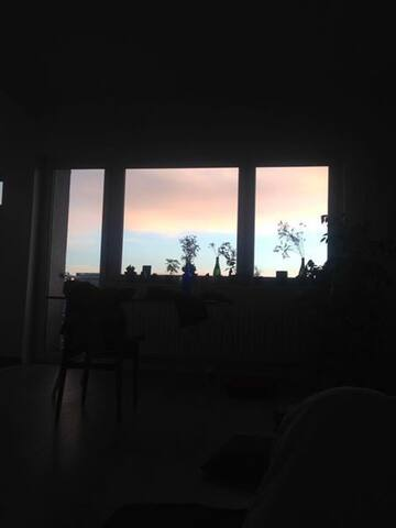 Well connected apartment with great view+balcony - Berlim - Apartamento