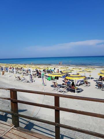 Alimini- Mono a 100 mt da spiaggia priv. e piscina