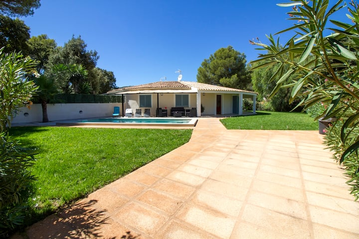 Lola - Beautiful House w/pool,15min from Pollensa.