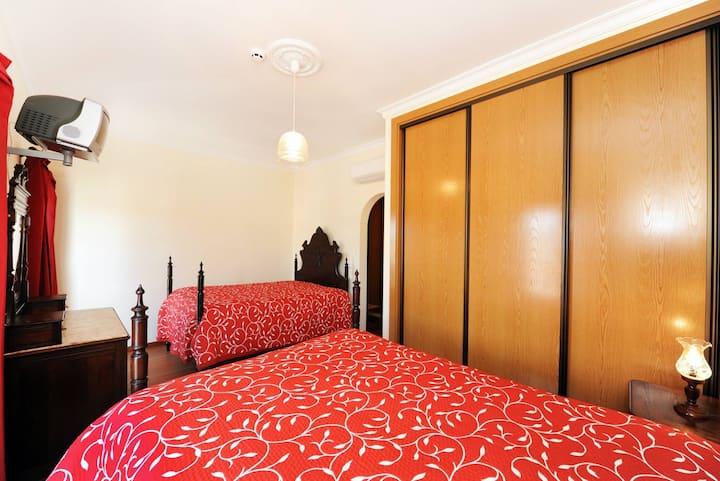 """Papoila"" room"