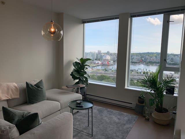 Beautiful Water Views, Parking, Skytrain, & Gym