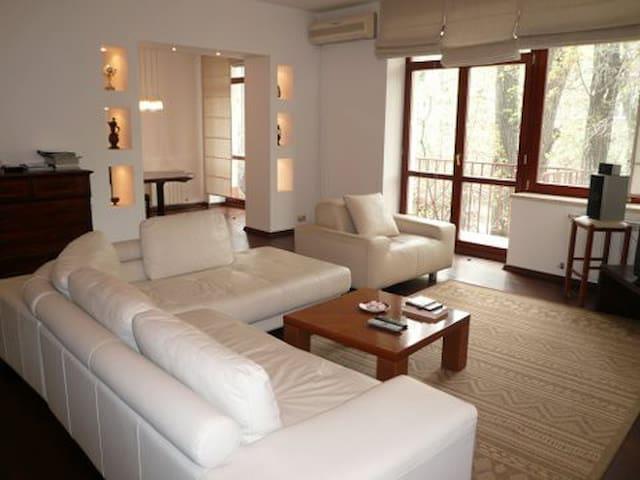 Beautiful apartment in  historic center of Almaty - Kazakhstan - Daire