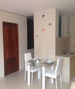 Hospedaje Raymi Apart. 101 - Trujillo - Apartment