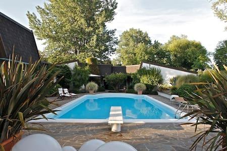 Luxury house with large swimming pool - Province of Rovigo