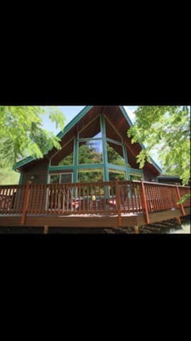 Beautiful & Private Chalet Lodge - Tenino - Chalé