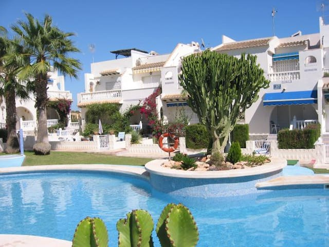 CASA LINI / POOL APARTMENT  8 MIN. FROM THE BEACH - Ciudad Quesada - Huoneisto