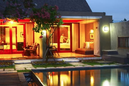 Pool Pavilion at K2 Eco Boutique - Kota Mataram - Bed & Breakfast