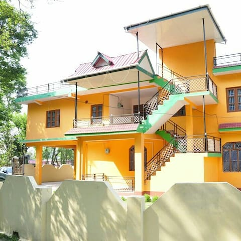 Kamlahiya Home Stay