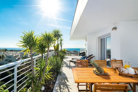 Private 5★ holiday home with spacious terrace