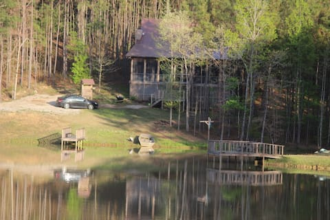 Quiet cabin an hour drive to University of Alabama