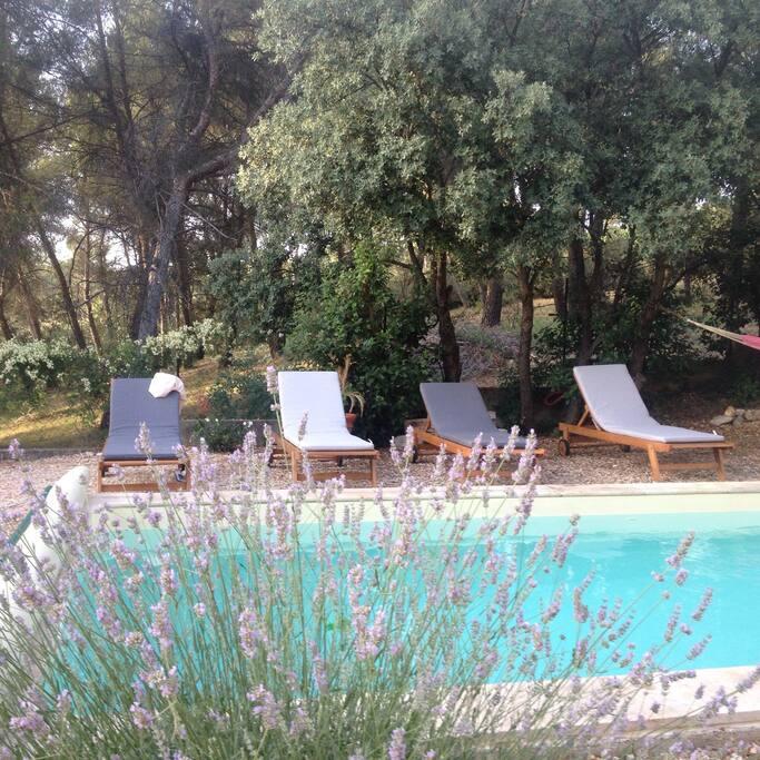 A 4 km d 39 aix piscine terrasse et vue pin de maisons - Piscine d aix en provence ...